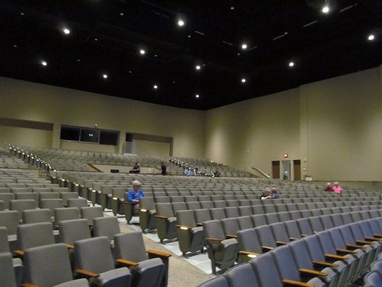 Henderson, Carolina del Norte: seating