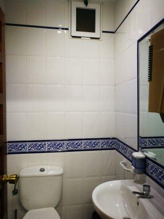 El Barraco, España: Nuestros baños ventilados