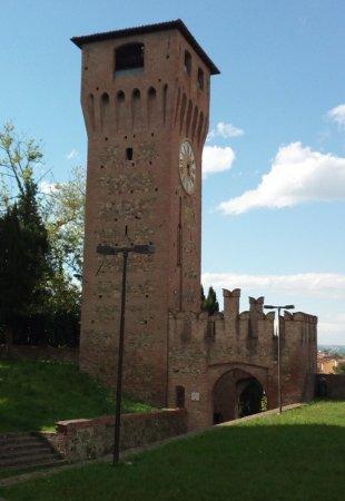 Bazzano, Italia: Torre