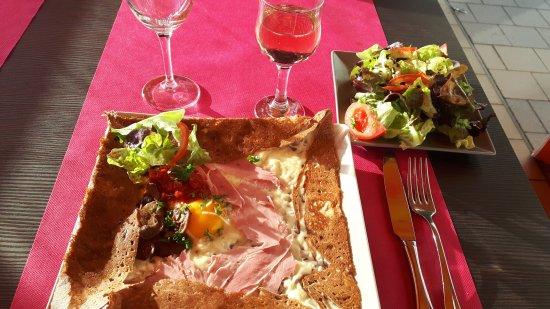 Restaurant Ouvert Le  Mai Saint Gilles Croix De Vie