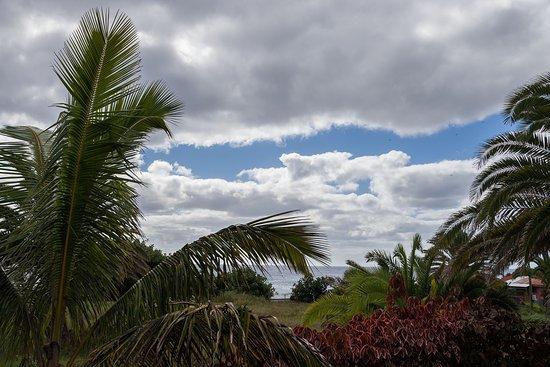 Taha Tai Hotel: Sciht aus der Lobby auf den Pazifik