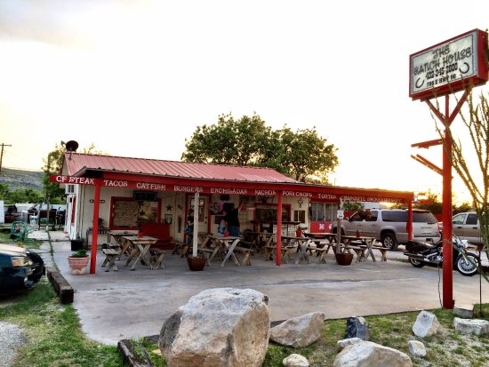 Sanderson, TX: The patio.