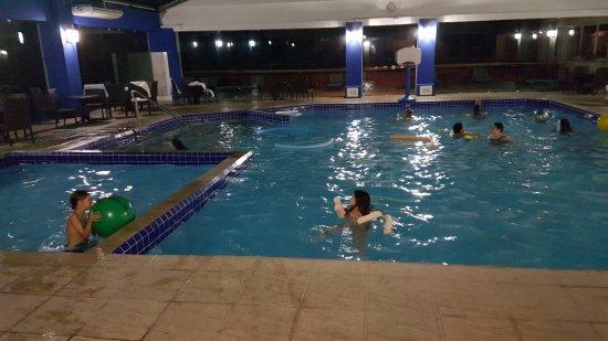 Hotel Continental Canela: piscina climatizada