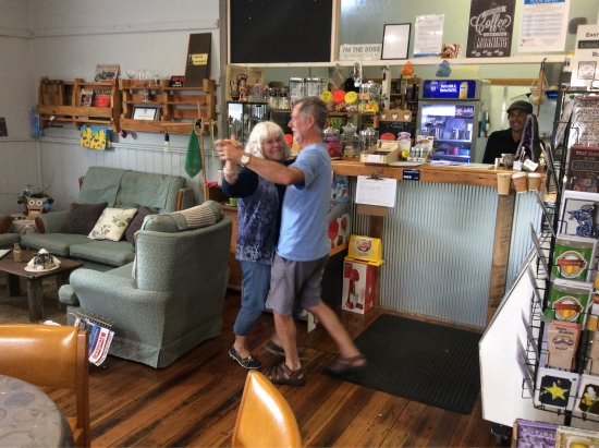 St Marys, Australia: More than a Coffee shop, its a meeting place, it's making friends and somewhere to get your favo