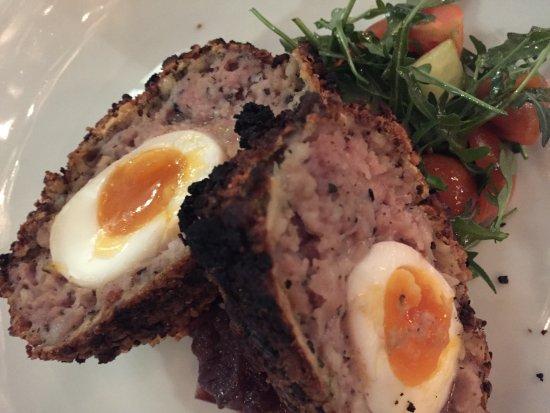 Lincolnshire, UK: Scotch Egg starter