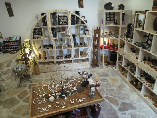 Art Shop Unique interior