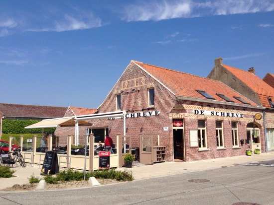 La Calamine, Belgien: Zonnig gelegen terras