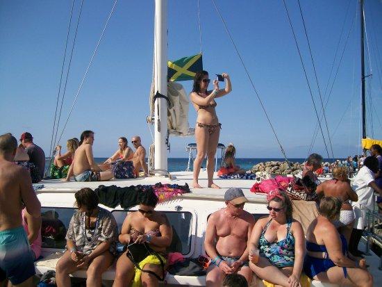 Cool Runnings Catamaran Cruises Jamaica: Return trip after the falls