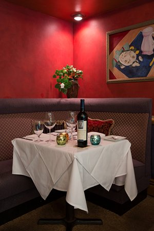 Rutherford, NJ: Romantic Table for Two - BYOB