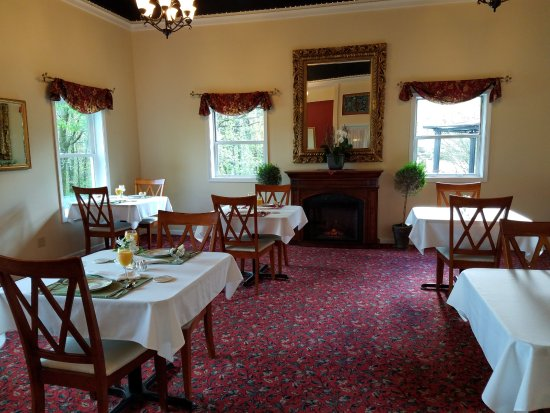 Allegan, MI: Breakfast room