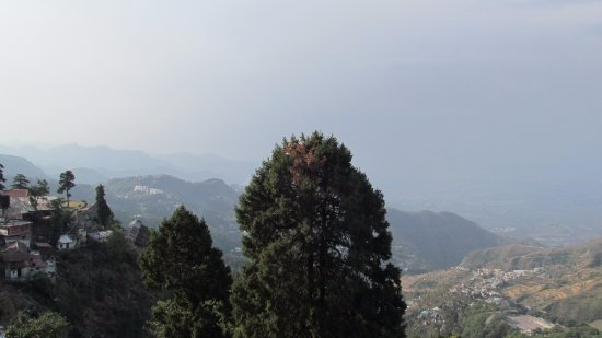 GMVN Garhwal Terrace Bild