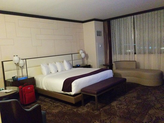 Harrah S Harbor Tower Deluxe King Room