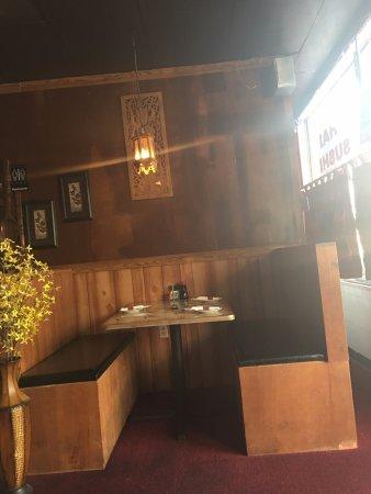Folkston, GA: Booth seating area