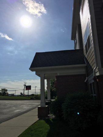 Branchburg, NJ: Enterance, breakfast, reception and lobby