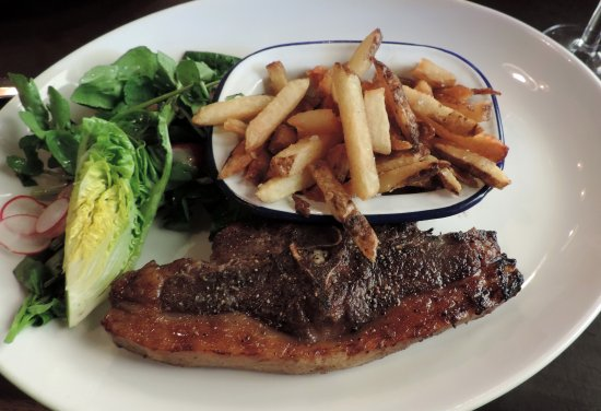Bruton, UK: Lamb chop with hand cut chips