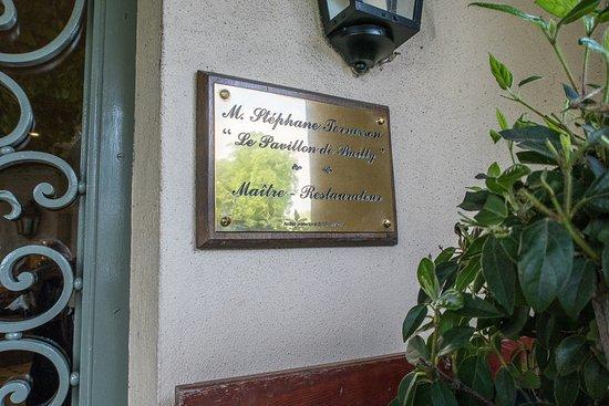 Bailly, France : Entrance