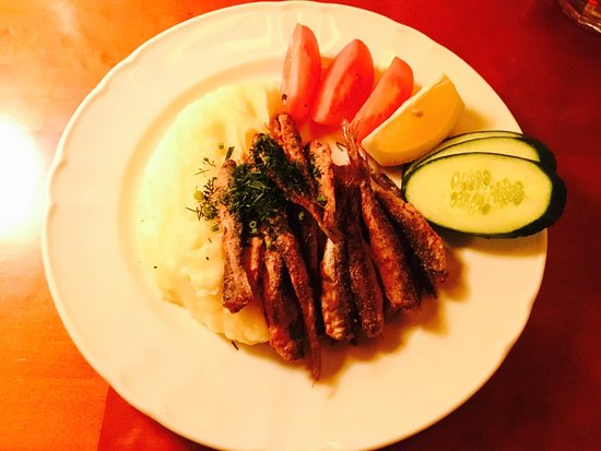 Muikkuravintola Sampo: Fried Muikku