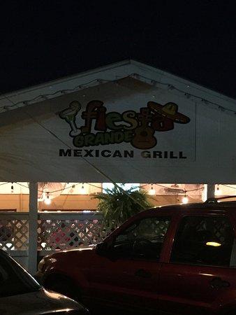 Fiesta Grande Mexican Grill: photo0.jpg