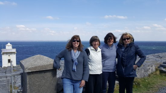 Cratloe, Ireland: Kirstin, Catherine, Emmy & Carol on Tour from New England