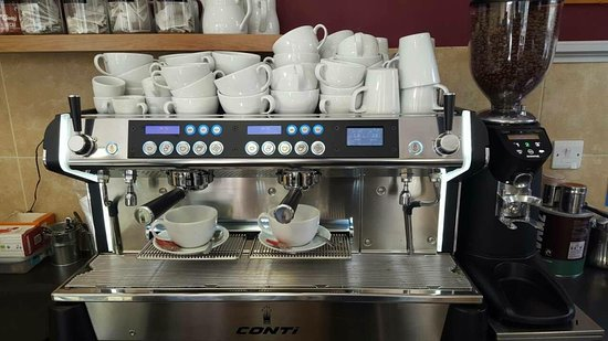 Castle Cary, UK: Brand new coffee machine