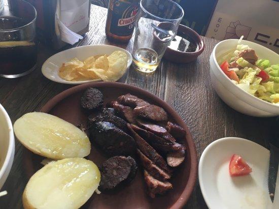 Buena comida picture of hacienda patagonica marbella for Comida buena