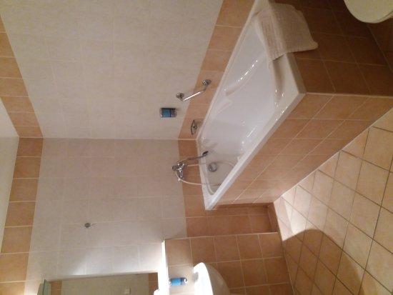 EA Hotel Tosca: 20170424_201535_large.jpg