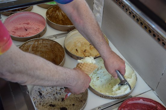 Medford, WI: Waffle Cones, Cake Cups or dish Moosie's Ice Cream Parlor