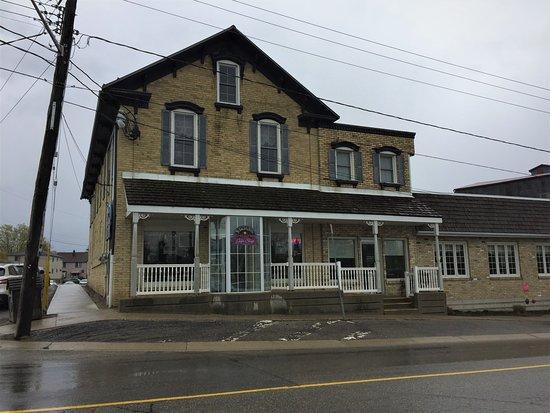 Schmidtsville Restaurant Reviews