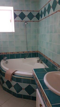 Gironde, Prancis: Bathroom