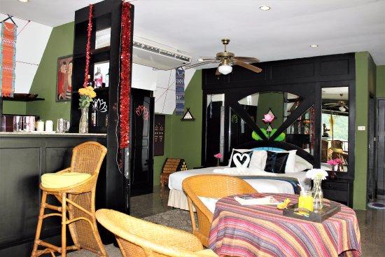 Kelly's Residency : Deluxe Suite