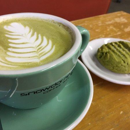 SnowDome Coffee Bar: Macchai