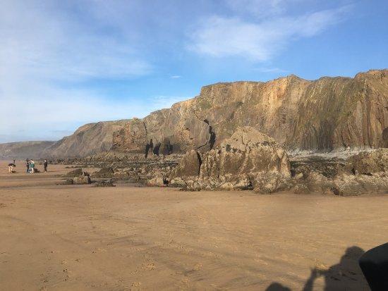 Widemouth Bay, UK: Poldare  - The Kiwi Beach House in a stunning coastal location