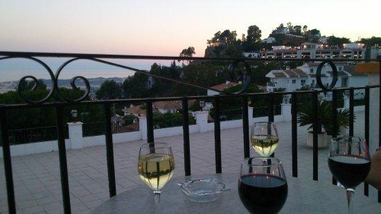 TRH Mijas: バーからの眺め。日没時