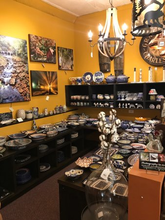 ‪HOOP's Antiques & Vintage Collectibles‬