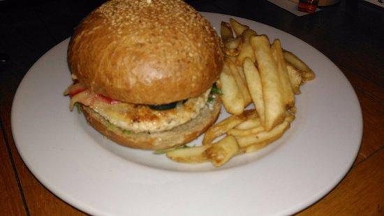 Pardubice Region, جمهورية التشيك: Tenis Chicken Burger