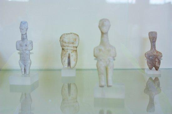 Parikia, Grecia: fascinantes statuettes cycladiques