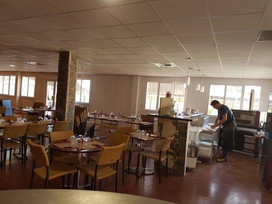 L'Athelia Cafe