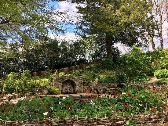 Painswick Rococo Garden: photo5.jpg