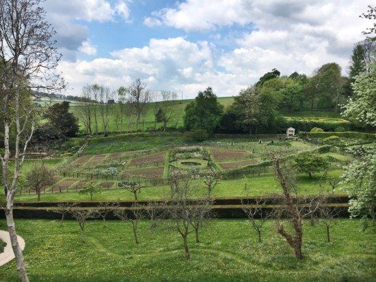 Painswick Rococo Garden: photo6.jpg