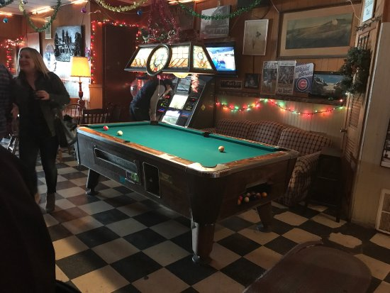 Roses Lounge Chicago All You Need To Know Before You Go - Old school pool table