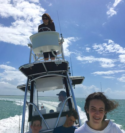 Summerland Key, FL: Fishing in the Keys with the kids :)