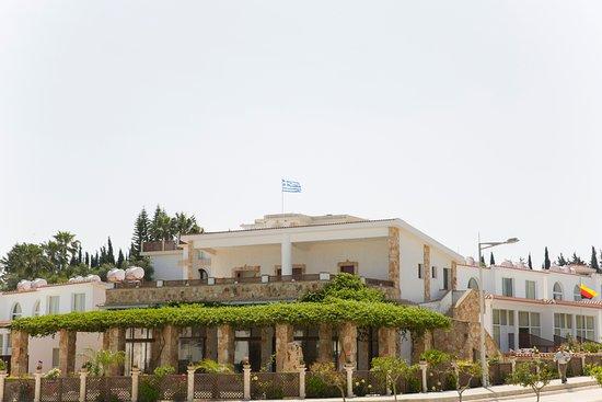 Eliofos Center