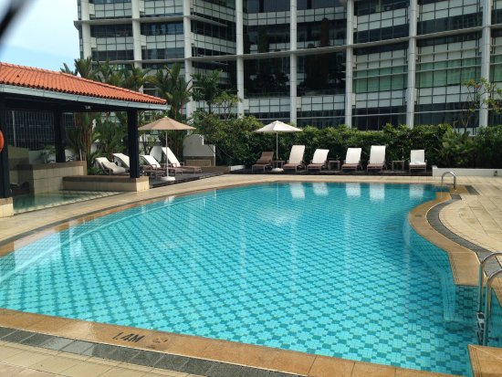 Swimming Pool On The 4th Floor Picture Of Intercontinental Singapore Singapore Tripadvisor