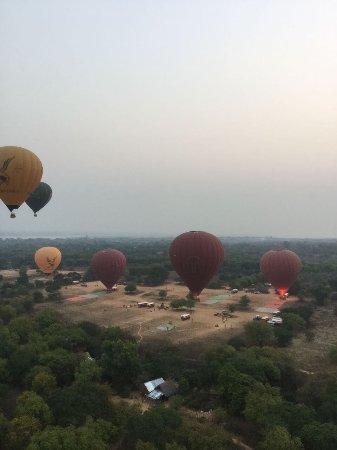 Balloons over Bagan: photo4.jpg