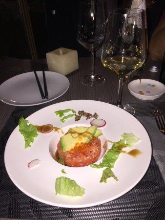 Kirin Snc: Tartar di Salmone