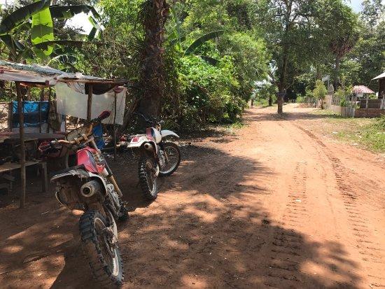 Cambodia Dirtbike Tours - Day Tours: 最高です!