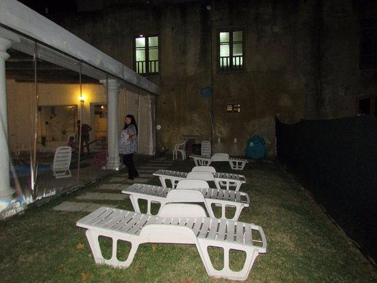 Hotel Esperanza & Artemisa Spa: Zona de descanso cerca de la ìleta