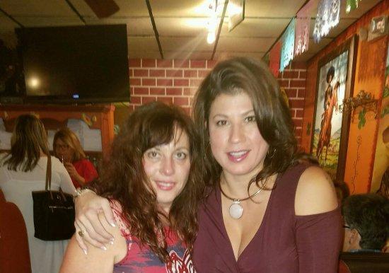 Blauvelt, Estado de Nueva York: Where old friends meet.