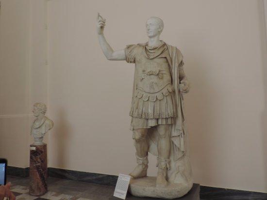 Foto De Museo Arqueologico Nacional Napoles Coleccion De Estatuas