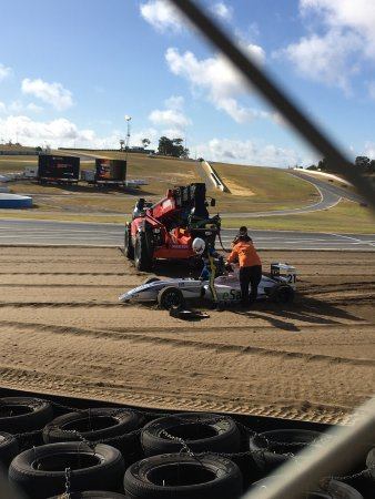 V8 Driveday Pty Ltd - Barbagallo Raceway: Three days of racing